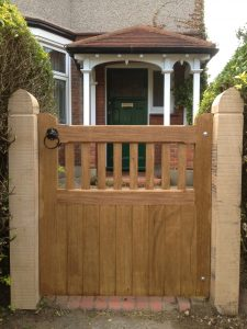 slatted single gate-idigbo